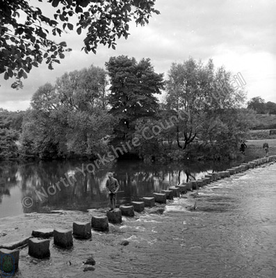 Stepping Stones, River Wharfe, Ilkley